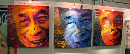 STREET ART Dalai Lama