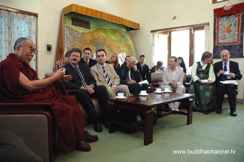 His_holiness_meps_and_assistants_2