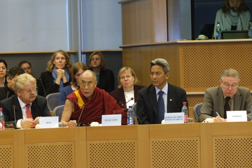 Hhdl_foreign_affaires_2